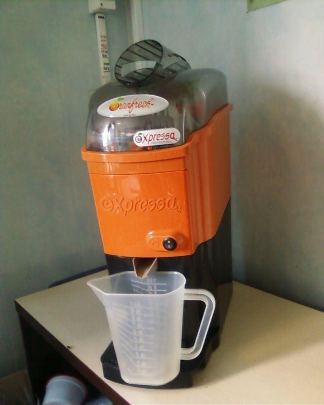 sokovizhimalka-dlya-kafe